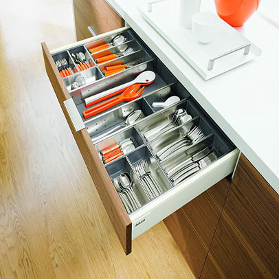 Metal Cutlery Tray For Kitchens