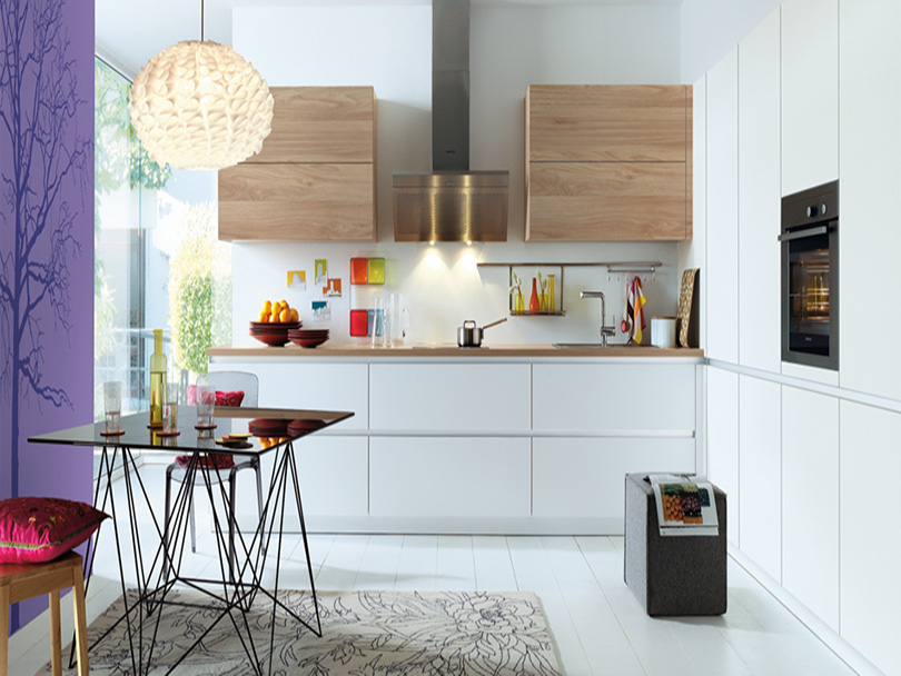 Contour Kitchen in Linen and Baltic Eggshell